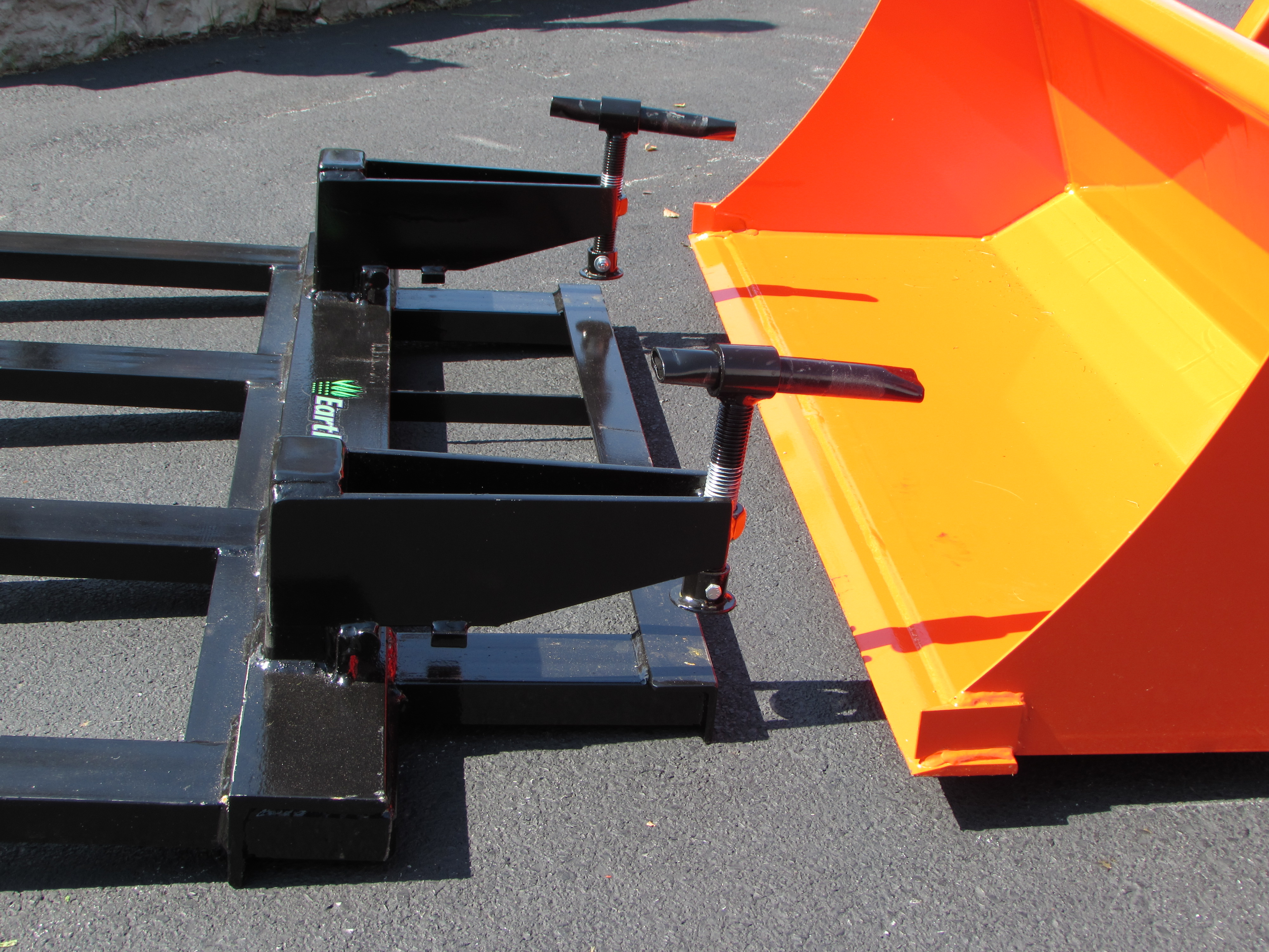 Clamp On Brush Forks Earth And Turf Attachments